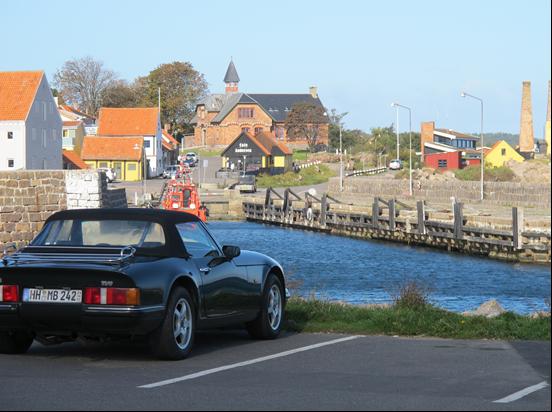 20_V8S im Hafen von Allinge
