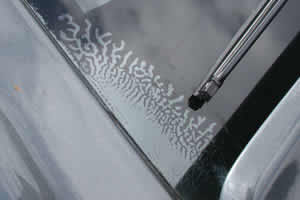 Windscreen de-lamination
